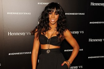 Kelly Rowland arrives for her performance