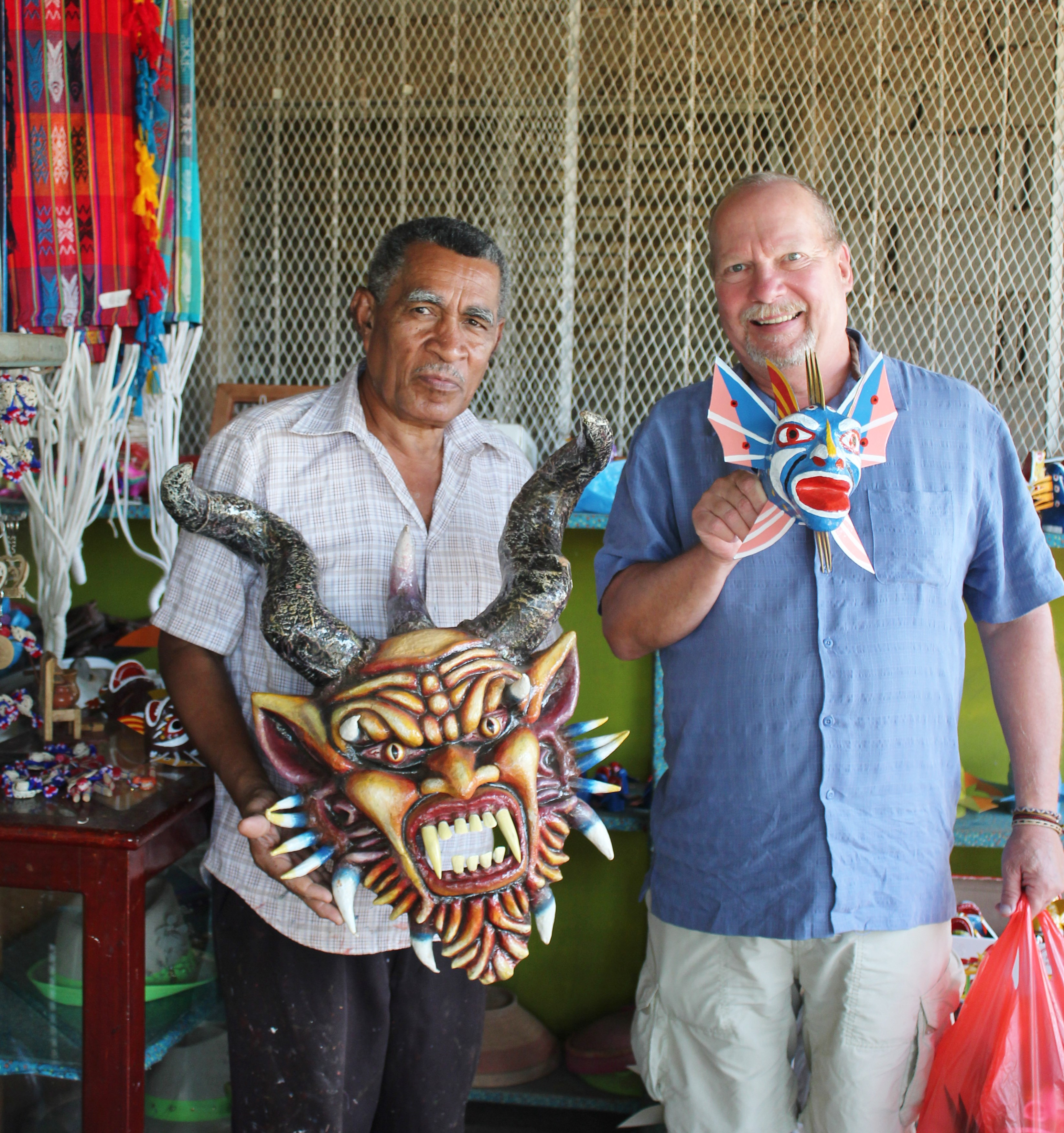 dario-lopez-maskmaker A Panama Road Trip Panama Panama Fairs and Festivals