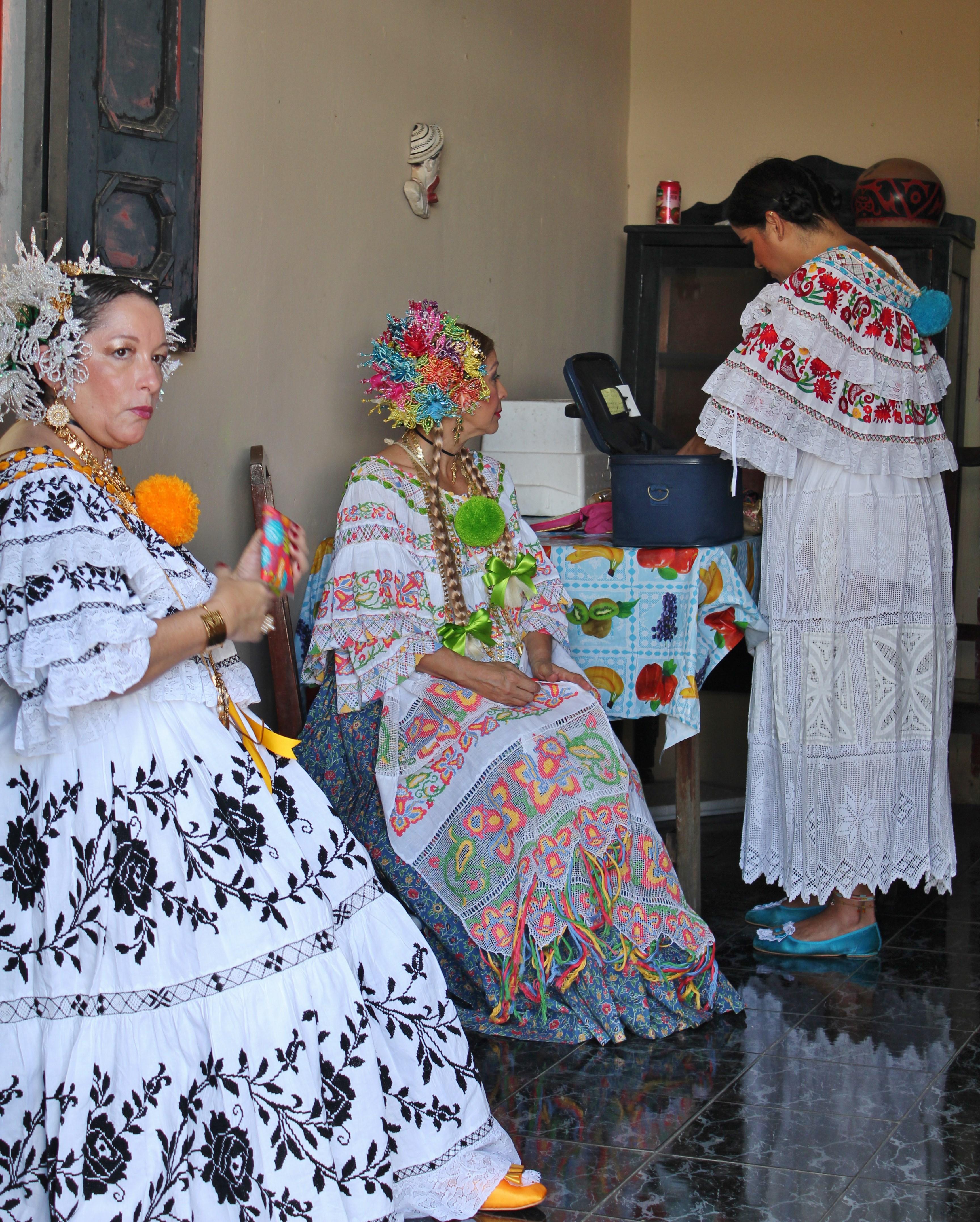 getting-ready-pollera-parade A Panama Road Trip Panama Panama Fairs and Festivals
