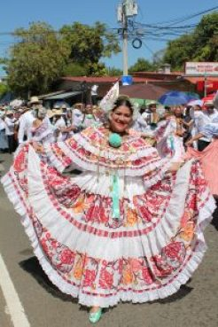 lovely-pollera-1-200x300 UPDATED! Our Favorites in Boquete, Panama Boquete Panama The Expat Life