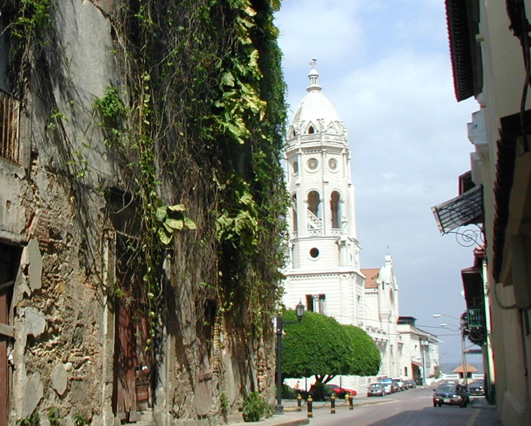 Casco-Viejo-Parque-Balboa-Church-2004 Discovering Casco Viejo, Panama Panama Panama City