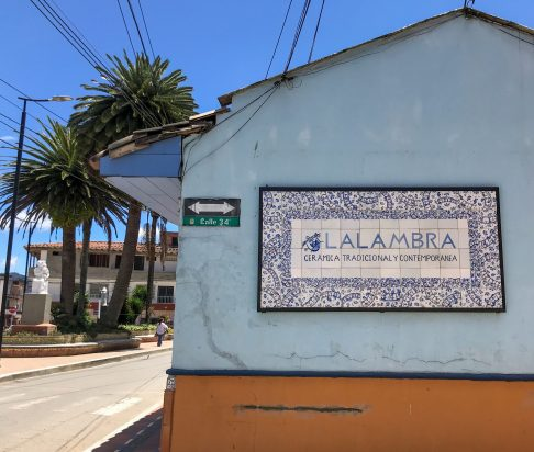 QZVKSpD2R5q2Yb5DMrs3kQ-scaled El Carmen de Viboral: A Tradition of Ceramic Artisans Colombia