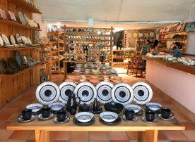 ee2vYTFlSDGLQUwodC4sQ-scaled El Carmen de Viboral: A Tradition of Ceramic Artisans Colombia