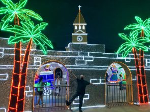 3DFD3967-5B3B-4831-ABA2-242436EDD16A-scaled ¡Feliz Navidad! Medellín Lights Up for Christmas Colombia Medellin