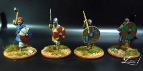 saga-gripping-vikings-warriors-3