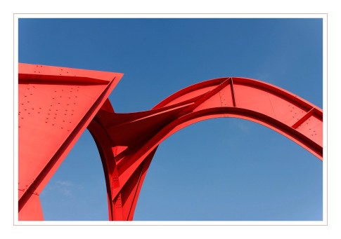 Oeuvre d'art à la Défense, d'Alexandre Calder, installée en 1976 - Le Grand Stabile Rouge