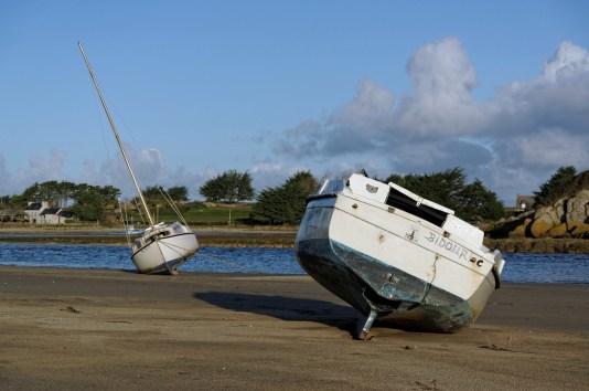 bateaux à la Baie de Guissény