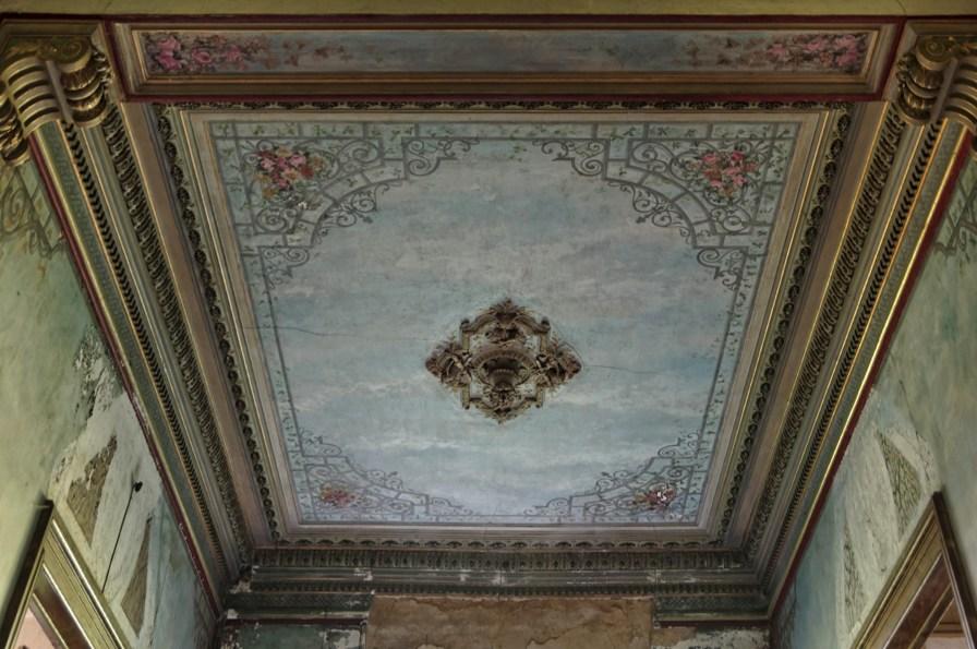 château d'Ah, hall d'entrée, plafond