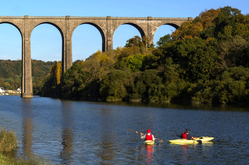 port-launay-viaduc-kayaks-copie
