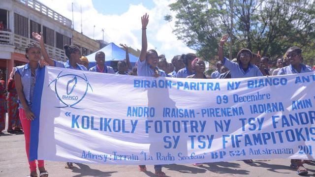 Un grand défilé rassemblant des collègiens, étudiants et membres d'associations était organisé dans les rues de Diego Suarez à l'occasion de la célébration de la journée mondiale de la lutte contre la corruption du 9 décembre
