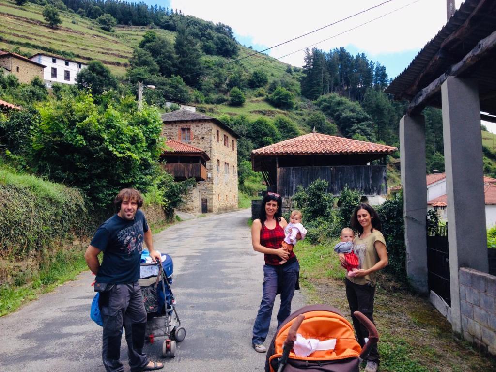 asturias.pueblo.familia
