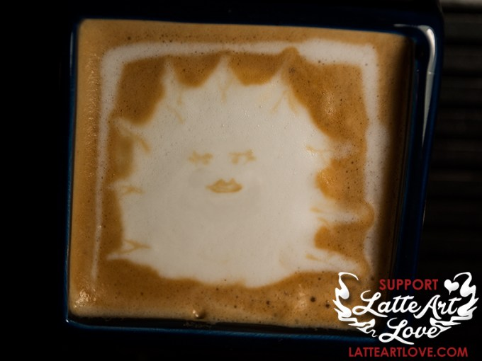 Latte Art Love - Lady Cassandra