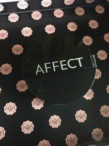 glossy box unboxing April 2018 Affect Cosmetics Matt Effect Transparent Loose Rice Powder