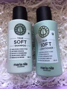 glossy box unboxing \\ may 2018 \\ maria nila true soft shampoo and conditioner