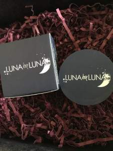 Luna by Luna Cosmetics || Translucent Powder || Glossy box unboxing October 2018