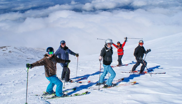 Mt Hutt extends ski season