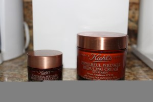 Kiehls eye and face moisturizer