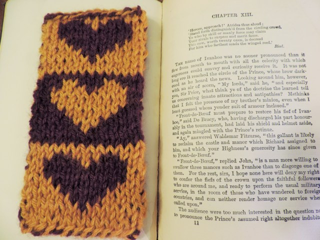 free heart bookmark pattern