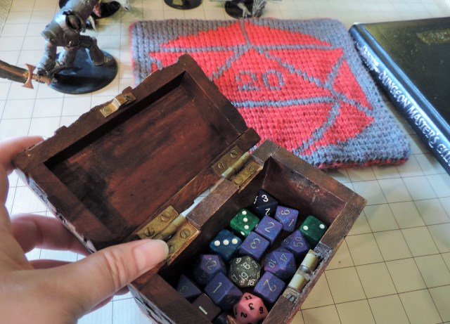 Real ladies keep their dice in adorable wooden chests.