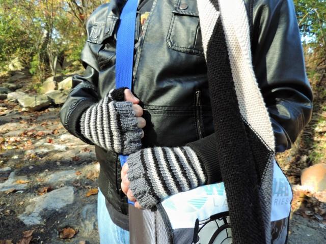 Finger-ish Gloves (2)