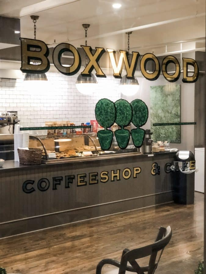 The 6 best coffeeshops on Mackinac Island.