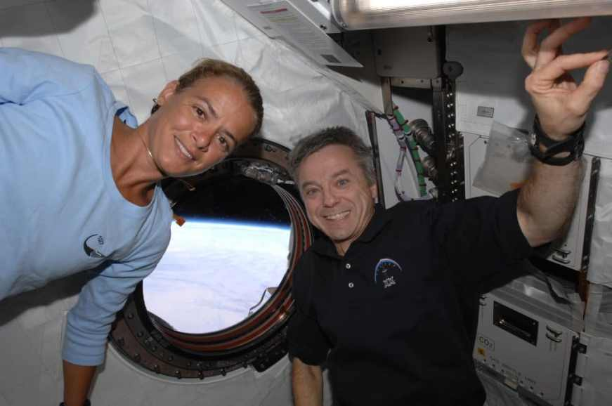 Julie Payette and Robert Thirsk