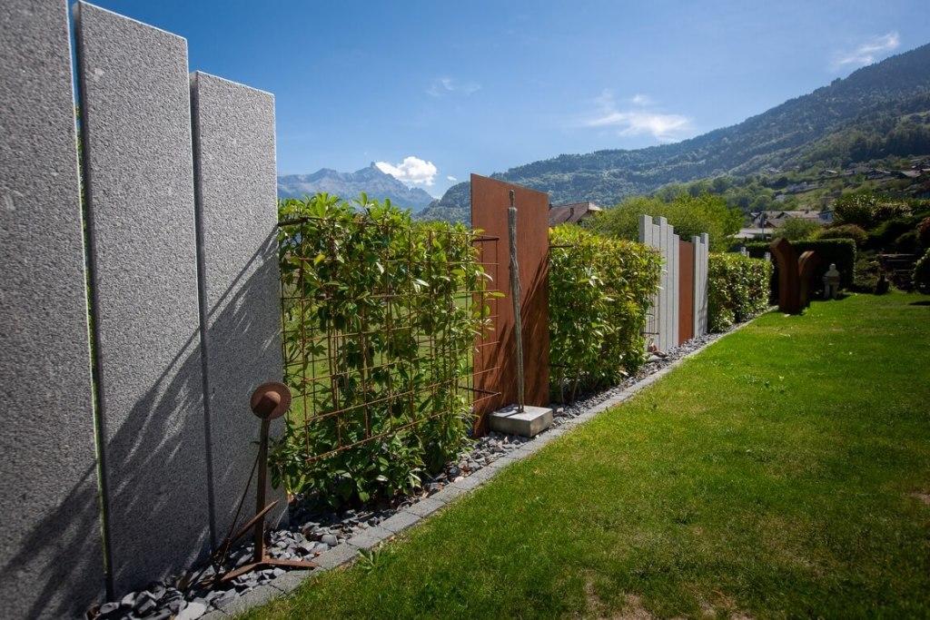 Palissade granite et palissade en acier