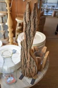sculpture écorce bois lapin extravagance concept store grenoble