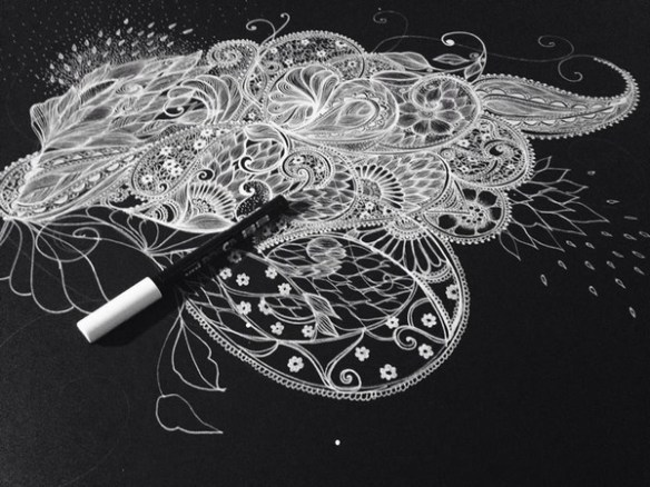 dessin-floyajam-noir-blanc-mehndi-posca-artiste