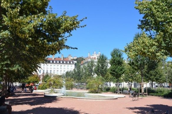place-bellecour-lyon-voyage-bonnesadresses
