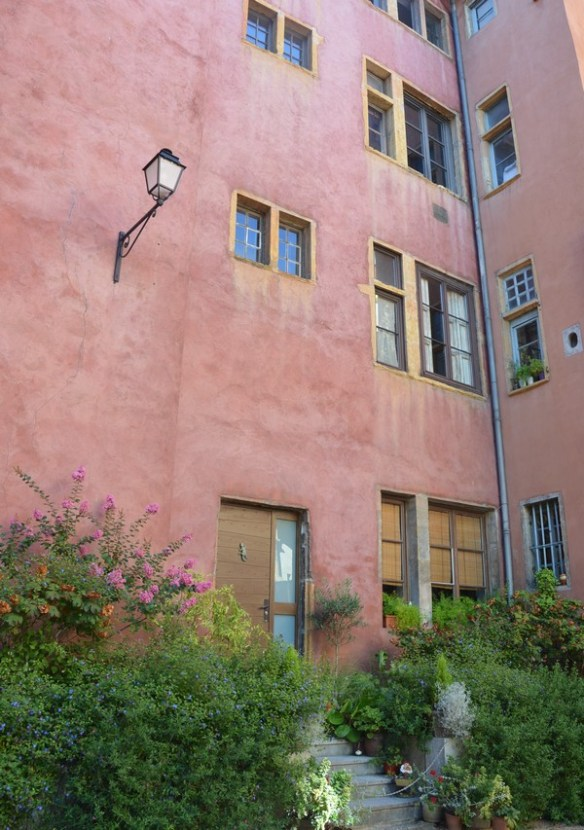 vieuxlyon-architecture-facade-voyage-bonnesadresses-lyon