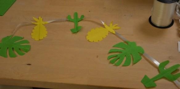 tuto-diy-guirlande-papier-tropical-cactus-ananas