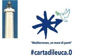 Il logo dell'iniziativa con il faro simbolo di Santa Maria di Leuca