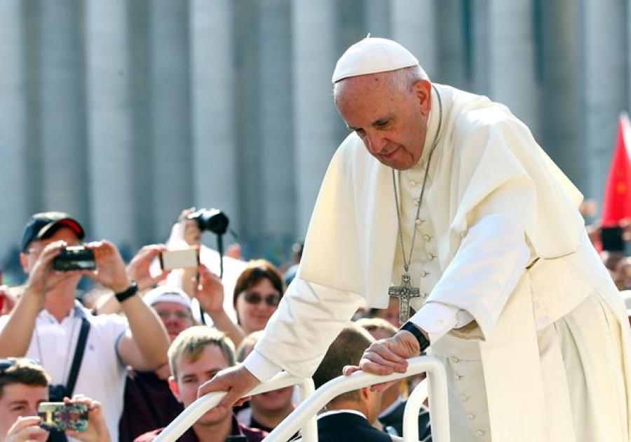 Il Papa: «Gesù non era un principe, è brutto se i pastori della Chiesa lo sono»
