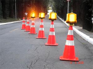sinalização-cone-strobo
