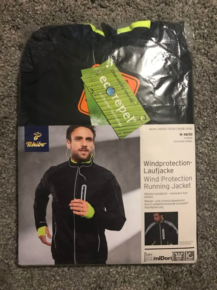 windprotection-laufjacke-schwarz