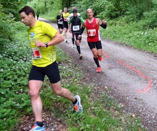 Bei Kilometer 6 lag Stephan noch an 4. Position. Foto: Daniel Stirnimann