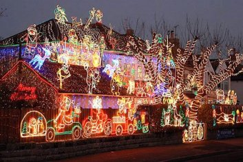 lots a christmas lights