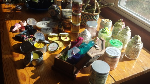 Welcome to Laughing Goddess Magickal Apothecary!