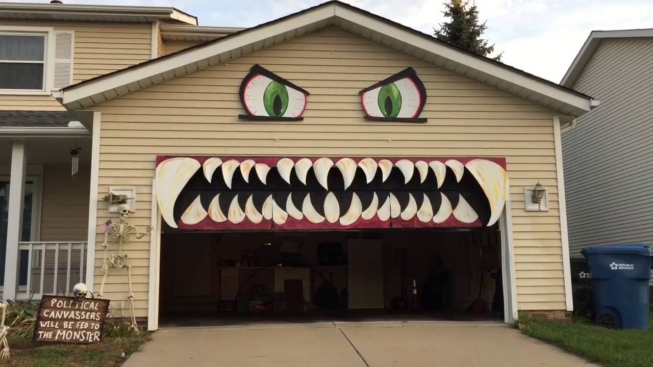 Cleveland Woman Transforms Her Garage Door Into A Monster With Chomping  Teeth For Halloween