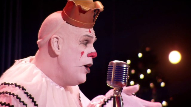 puddles pity party performs a sad clown style rendition of christmas