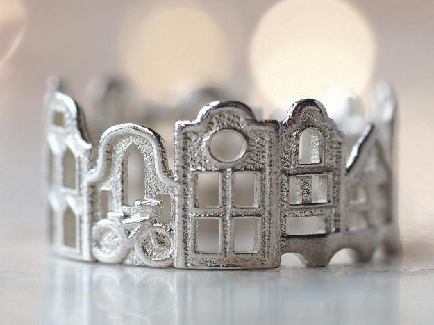 amsterdam-cityscape-ring Stunning Cityscape Rings Featuring Significant Geographic Icons From Cities All Over the World Random