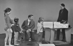 The Very First Time And Very Last Time Mister Rogers Sang Won T You Be My Neighbor On His Tv Show