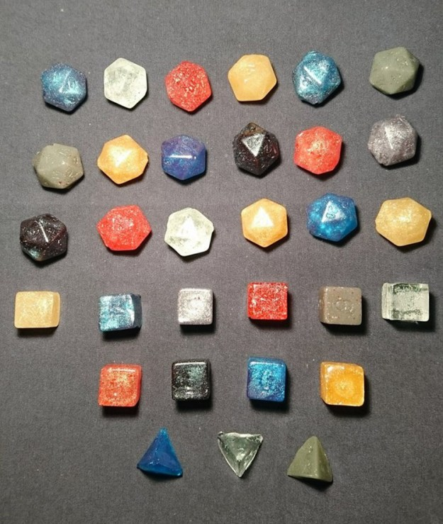 edible-polyhedral-sugar-dice-set-2 An Edible Polyhedral Sugar Dice Set Thats a Delicious Critical Hit Random