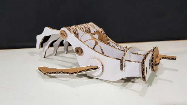 how-to-make-a-mechanical-robot-hand-out-of-cardboard How to Make a Cardboard Mechanical Robot Hand Random