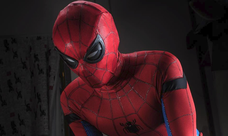 A-Custom-Spider-Man-Mask-With-Functioning-Eyes A Custom Spider-Man Mask With Functioning Eyes Random