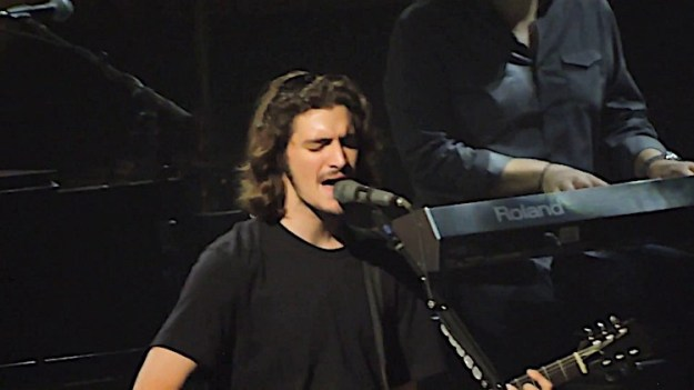 Deacon-Frey Glenn Frey's Son Deacon Seamlessly Fills In For His Legendary Late Father Onstage With The Eagles Random