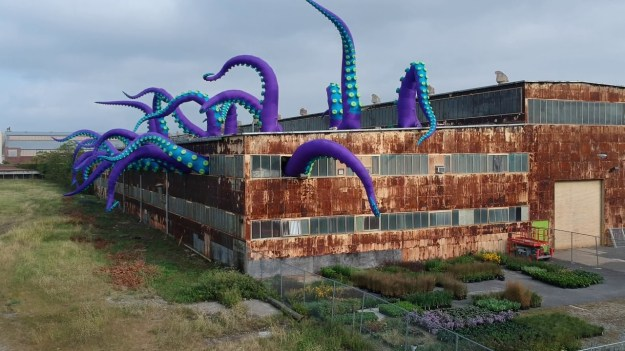 Filthy-Luker-Philadelphia-Tentacles Twenty Playful Giant Purple Inflatable Tentacles Take Over Building 611 at the Philadelphia Naval Yard Random