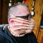 Using a 'Alien' Facehugger As a Protective Face Mask