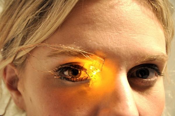 Digitized Eyeshadow by Lulin Ding
